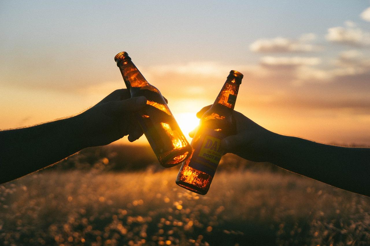 Wieviel Kalorien hat ein Bier, Wein und andere..?