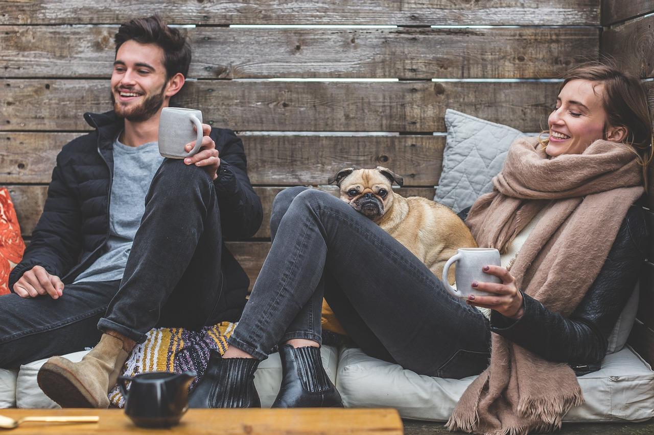 Erstes Date Tipps. Wohin. Gesprächsthemen. Was vermeiden?