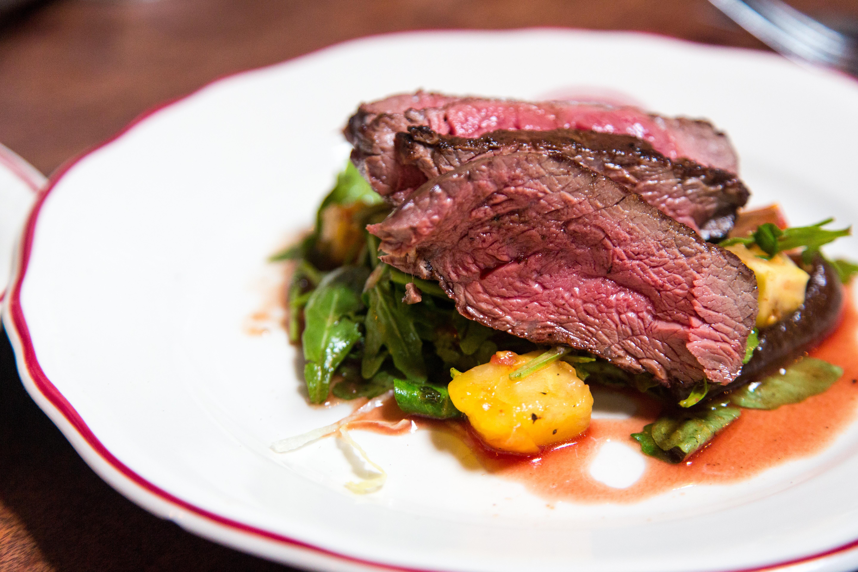 steak richtig braten mit diesen tipps zum perfekten steak. Black Bedroom Furniture Sets. Home Design Ideas
