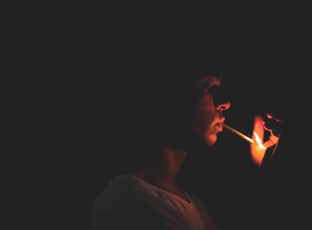 zigarette drehen oder stopfen
